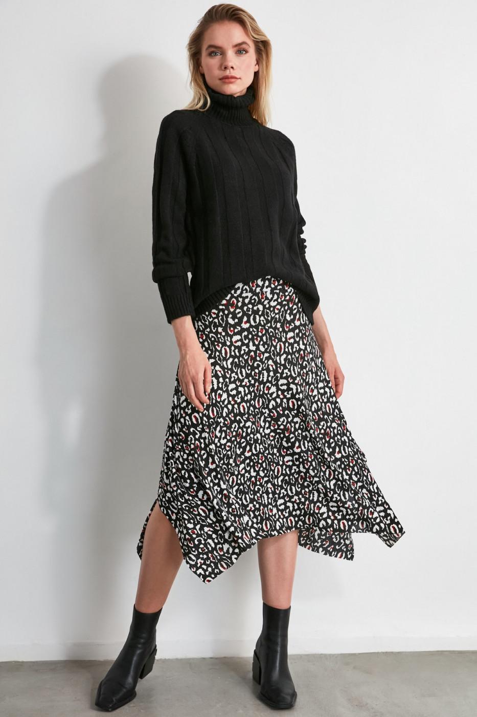 Trendyol Black Asymmetric PatternmidI Knitting Skirt