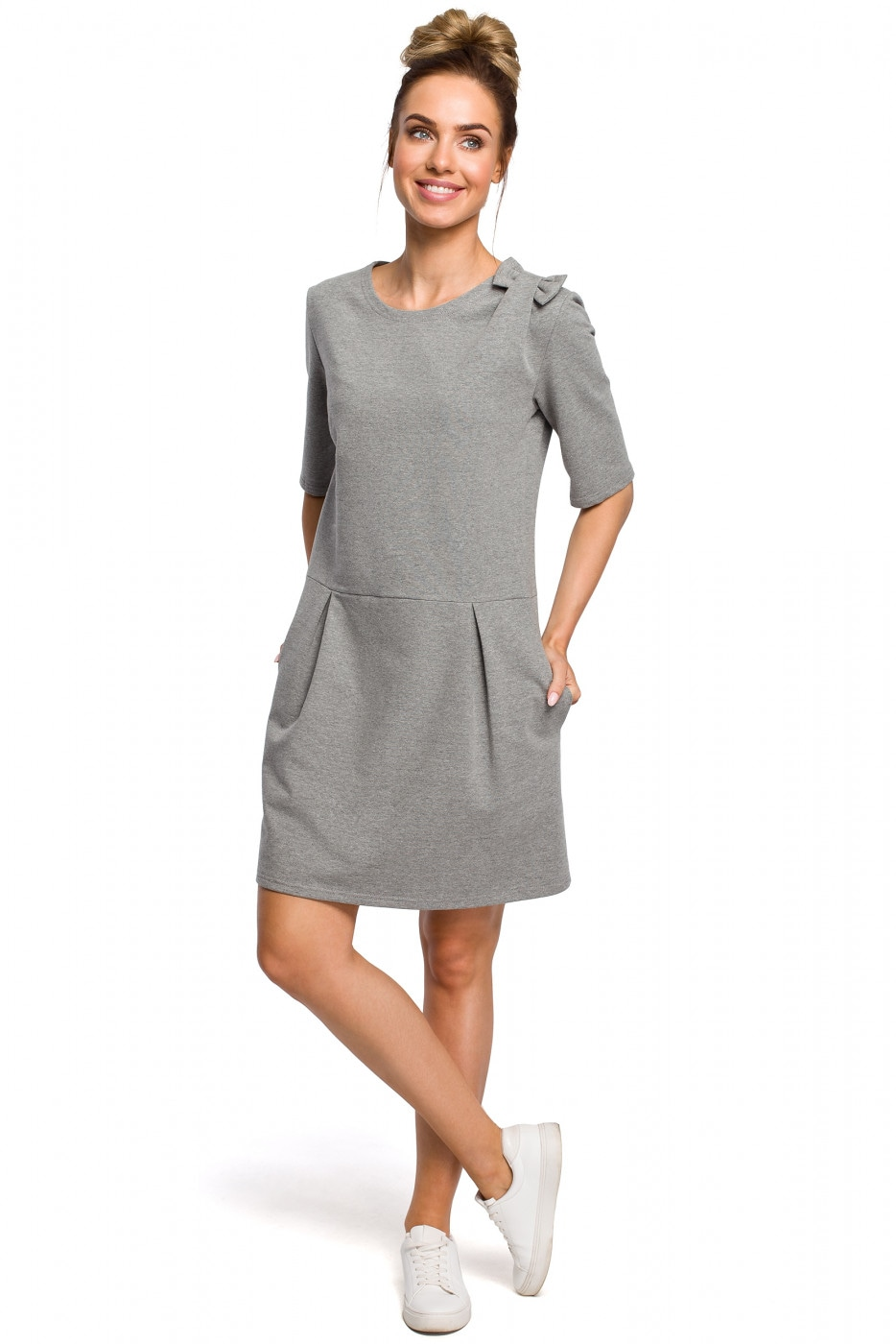 Made Of Emotion Woman's Dress M422