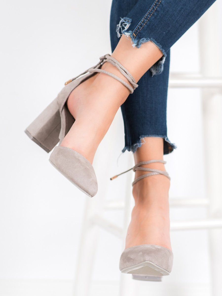 SEASTAR TIED GREY PUMPS