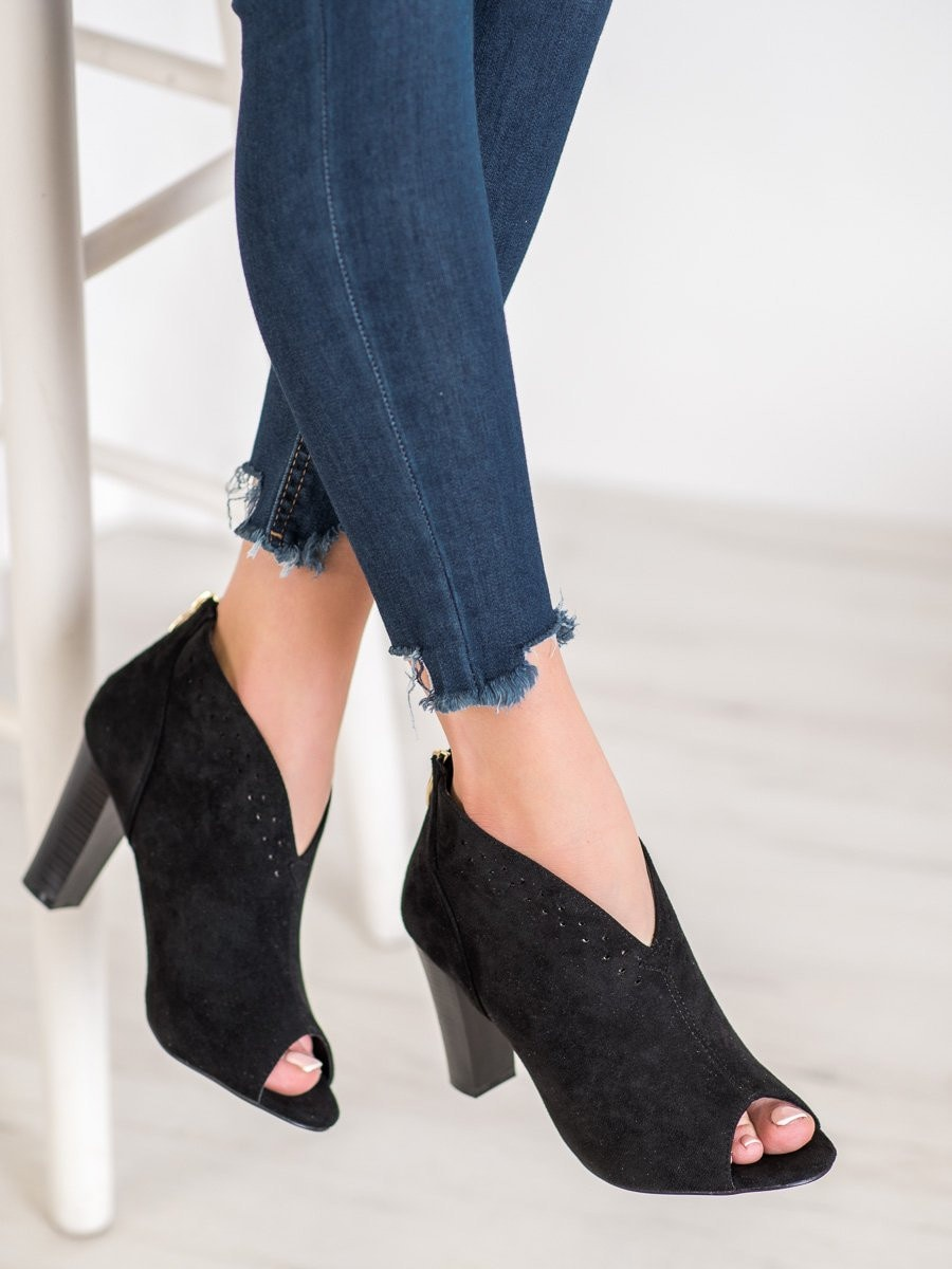 OPEN TOE VINCEZA BOOTIES