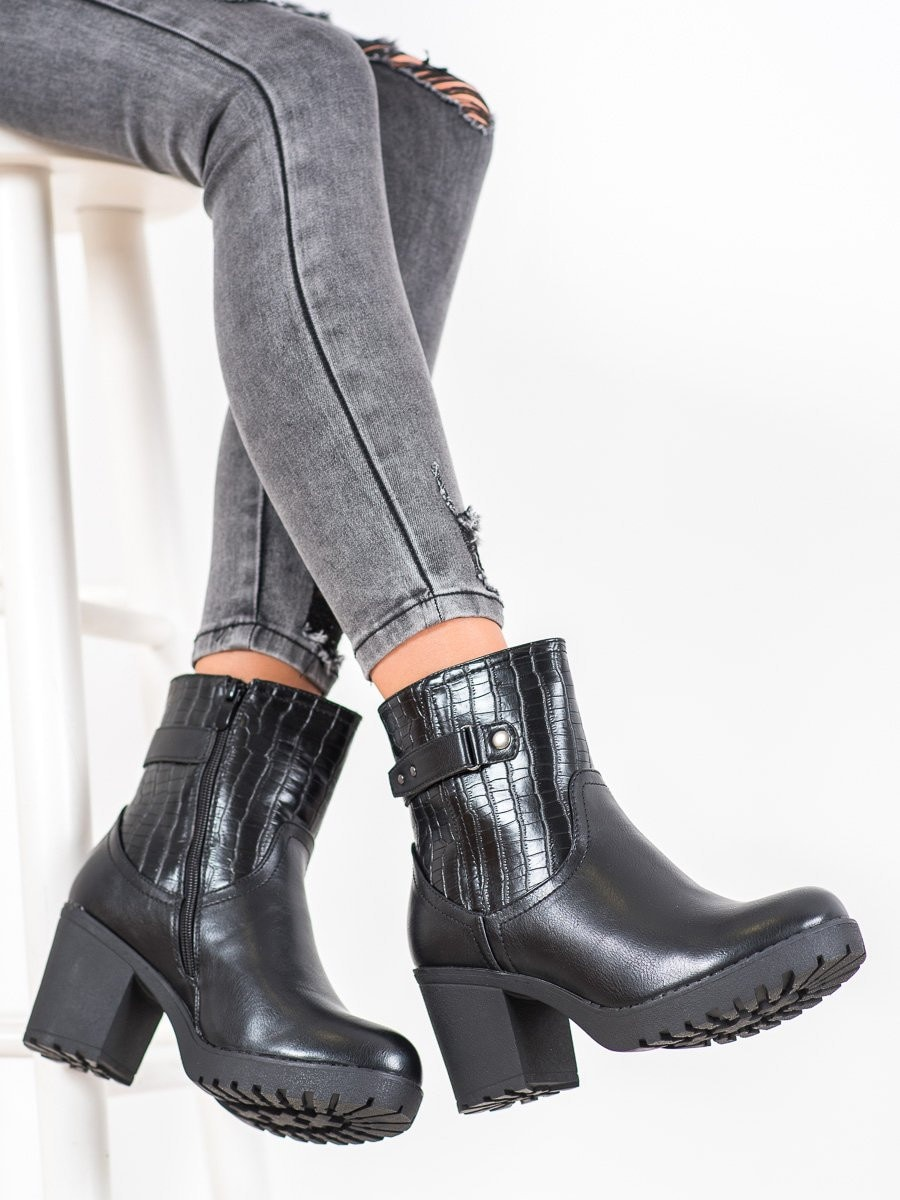 J. STAR WARM BOOTIES ON THE POST