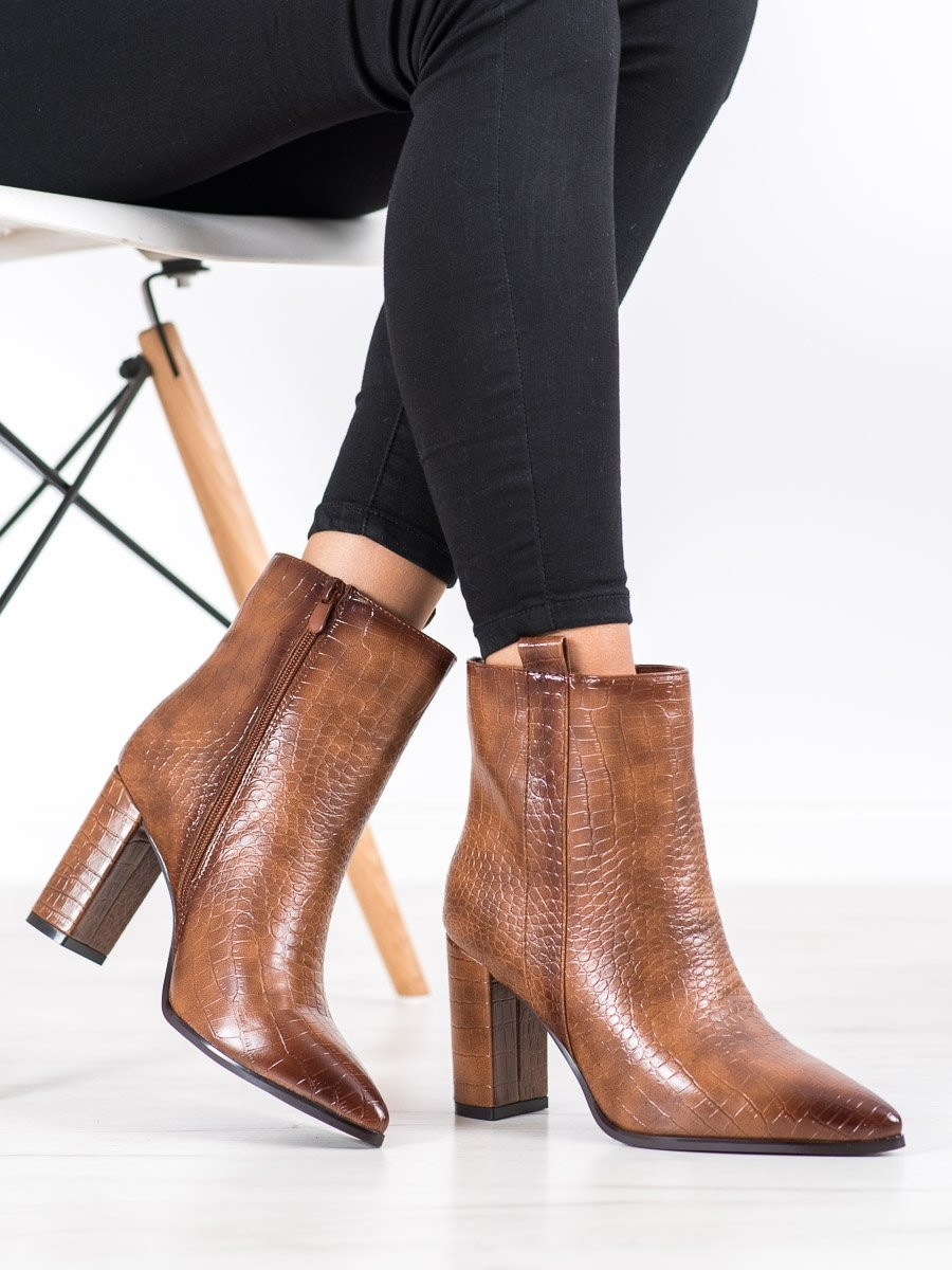 SEASTAR STYLISH BOOTIES WITH A PATTERN
