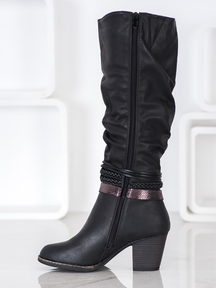 J. STAR BOOTS WITH DECORATIVE STRAPS