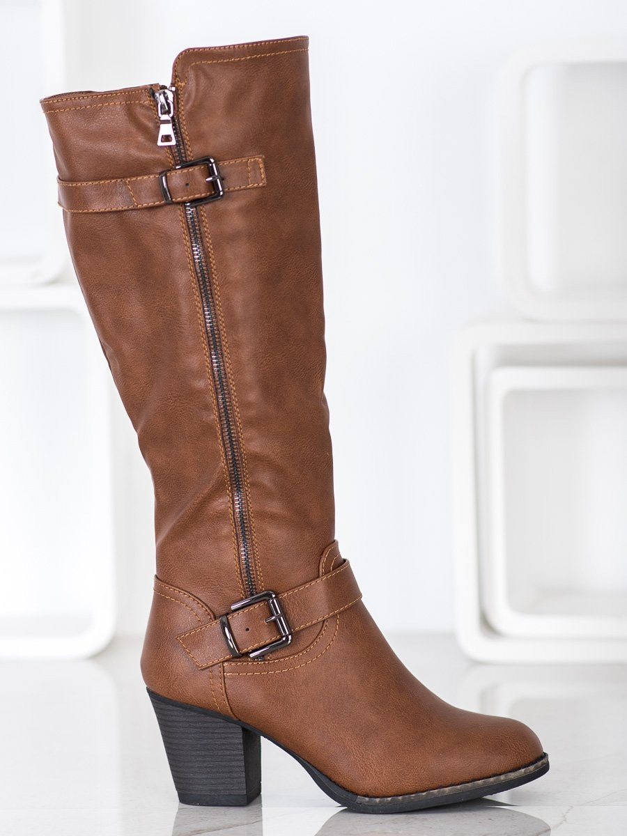 J. STAR COMFORTABLE BOOTS WITH BUCKLE