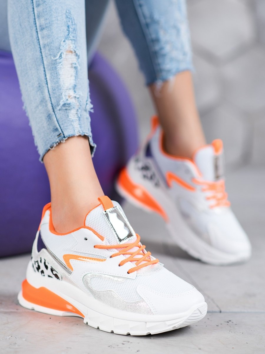 IDEAL SHOES SNEAKERS WITH ORANGE INSERTS