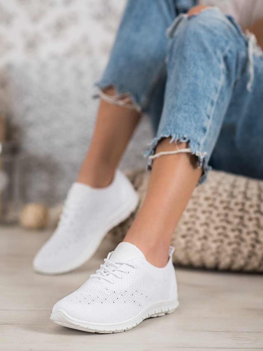 WHITE SNEAKERS MCKEYLOR
