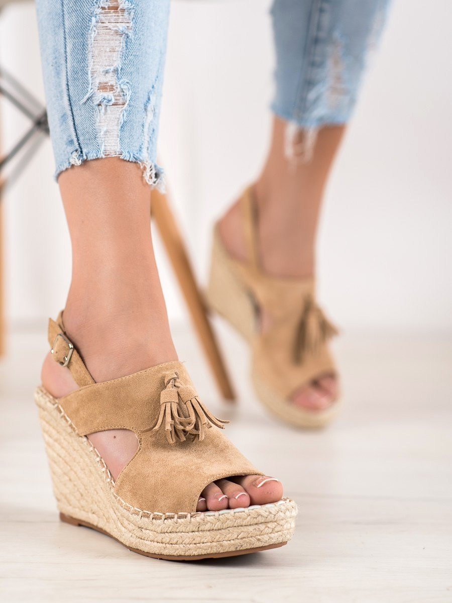 SMALL SWAN BUILT-IN SANDALS WITH TASSELS