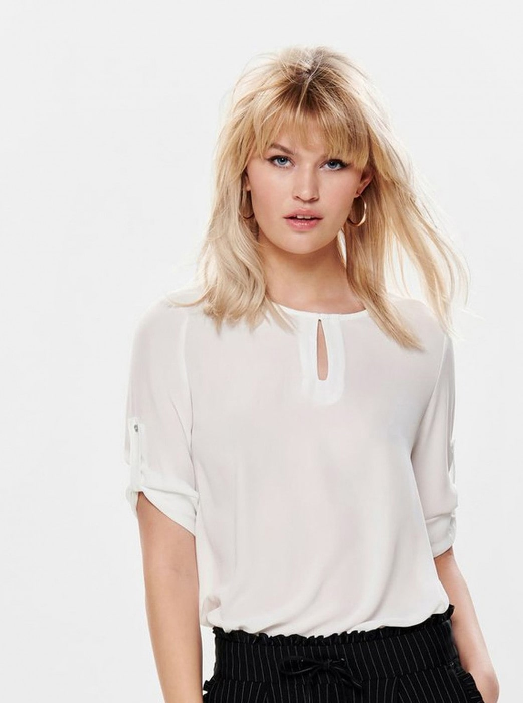 Cream blouse with opening in decolletage ONLY Agnes