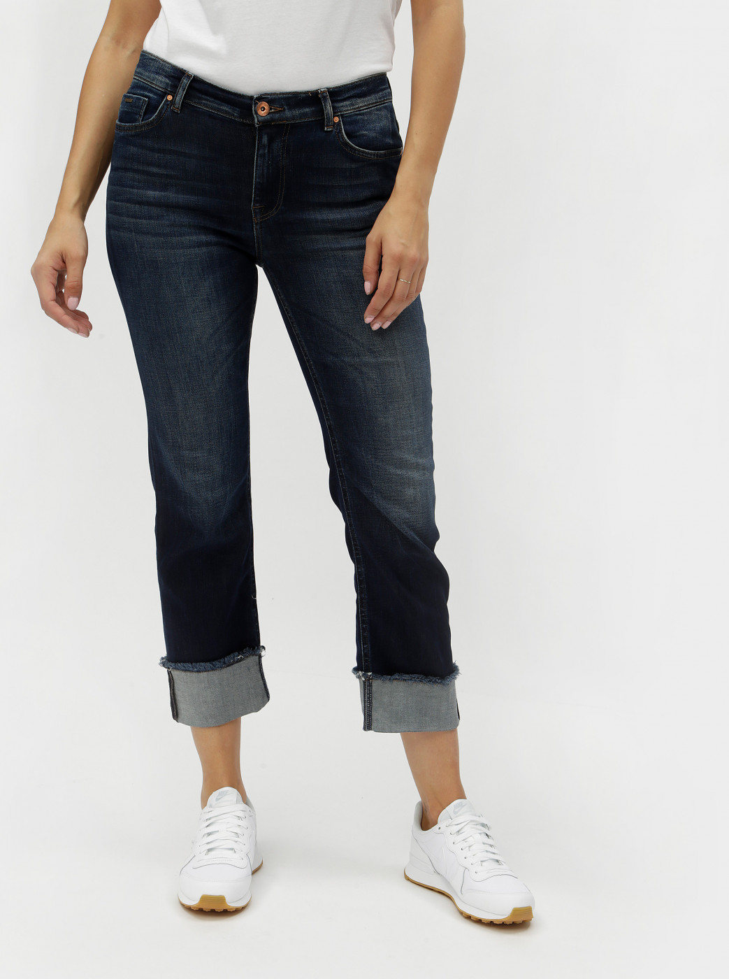 Blue cropped straight jeans with only new sissi effect