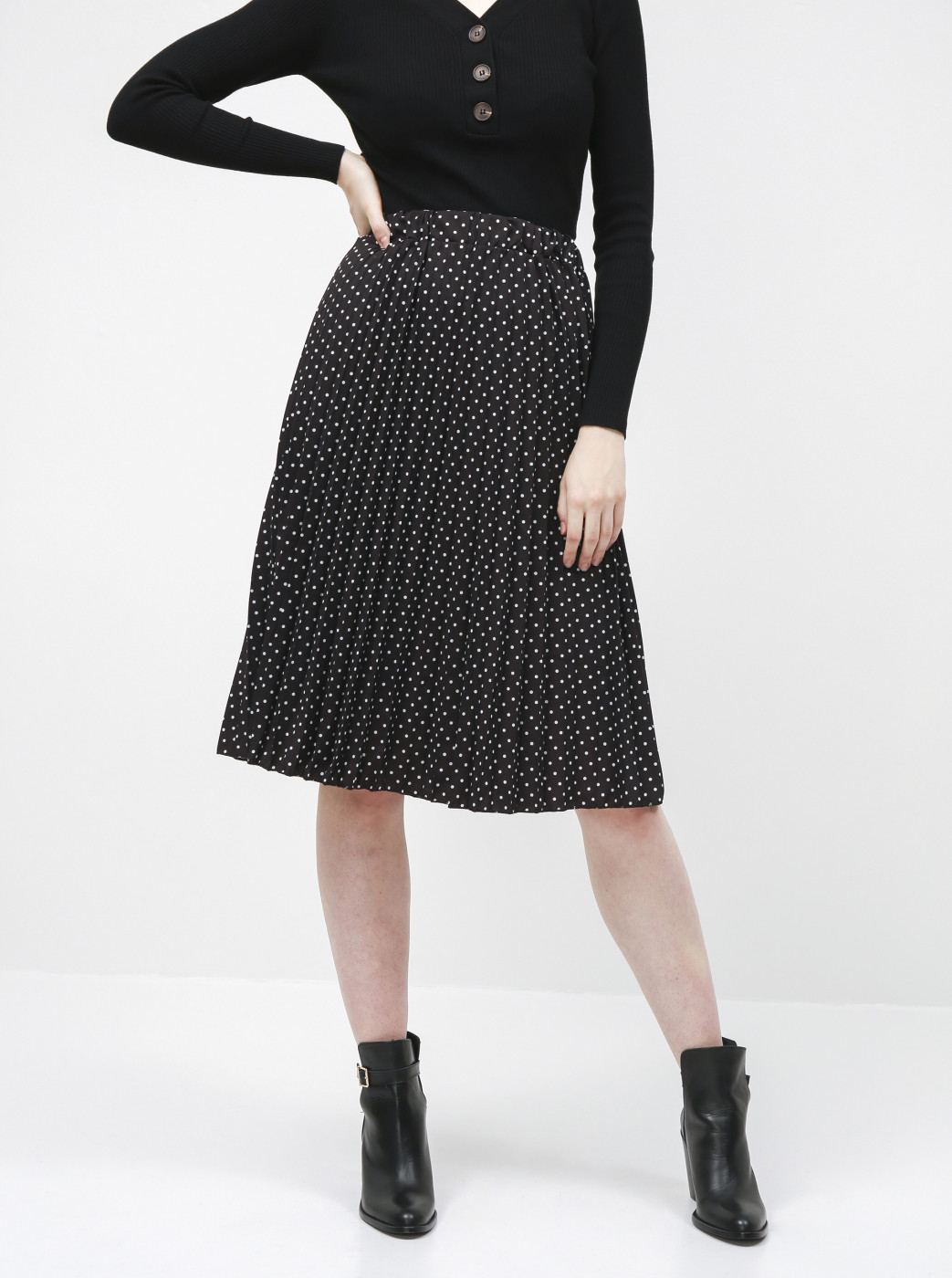 Haily's Leah Black Spotted Pleated Skirt