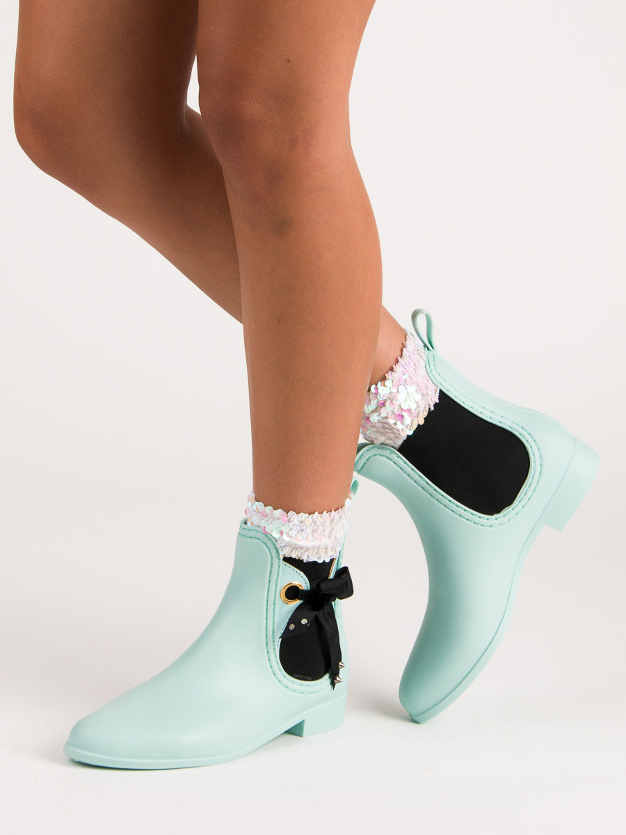 MINT BOOTS VICES