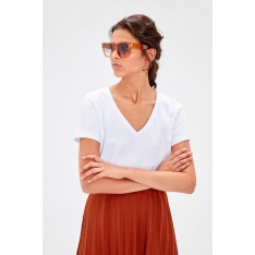 Trendyol White V-neck cotton Basic knitted T-shirt