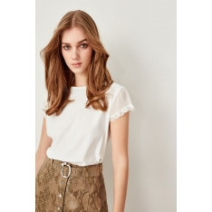 Trendyol Ecru Lace Knitted Blouse