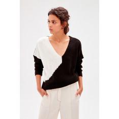 Trendyol Black Color Block Knitwear Sweater