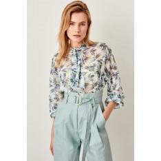Trendyol Blue Collar Detail Shirt