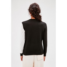 Trendyol Black Bicycle Collar Colorblock Knitwear Sweater