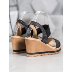 SEA ELVES STYLISH SANDALS ON THE CO-TURN