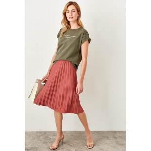 Trendyol Rose Pilise Knitted Skirt