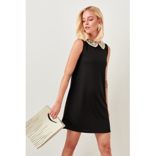 Trendyol Black Lace Collar Knit Dress