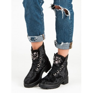KYLIE FASHIONABLE VELOUR ANKLE BOOTS