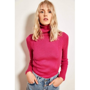Trendyol Fuchsia Turtleneck Basic Knitted Sweater
