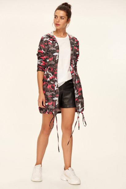 c3da5285f3f3 Trendyol Pink Camouflage-Patterned Hooded Coat