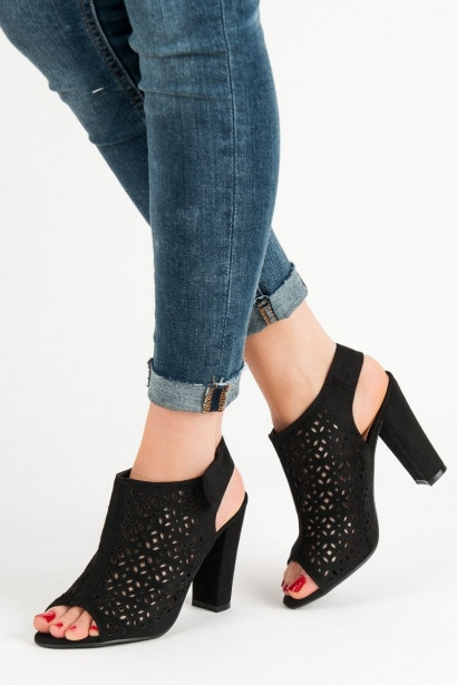 QUEEN VIVI KNITTED SANDALS MADE OF