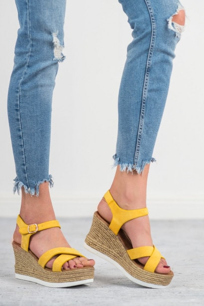 JESSY ROSS YELLOW SUEDE SANDALS