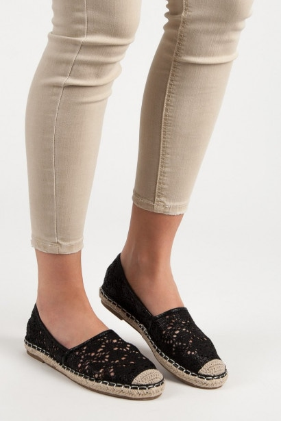 LUCKY SHOES BLACK CANVAS ESPADRILLES WITH LACE