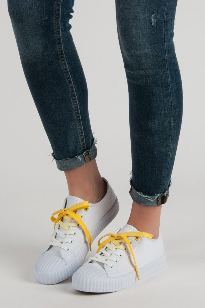 YES MILE FASHIONABLE WHITE SNEAKERS