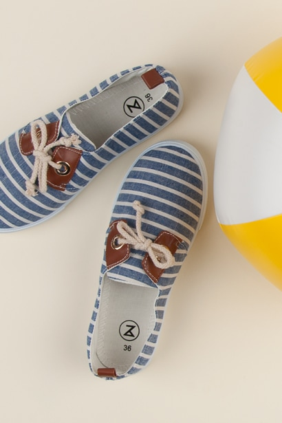 MCKEYLOR STRIPED SNEAKERS