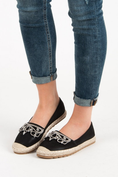 IDEAL SHOES BLACK CANVAS ESPADRILLES WITH ORNAMENTS