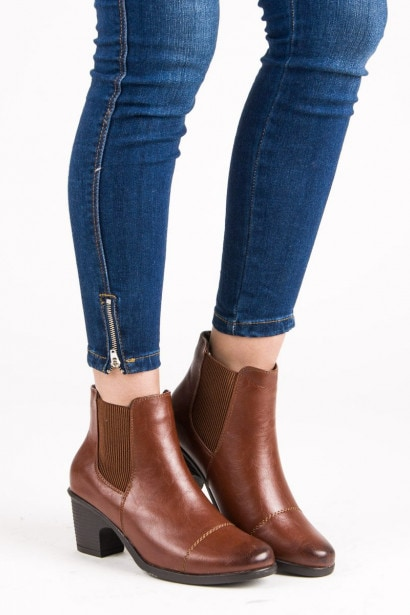 G2G/Good to Great BROWN ANKLE BOOTS HIGH HEELS