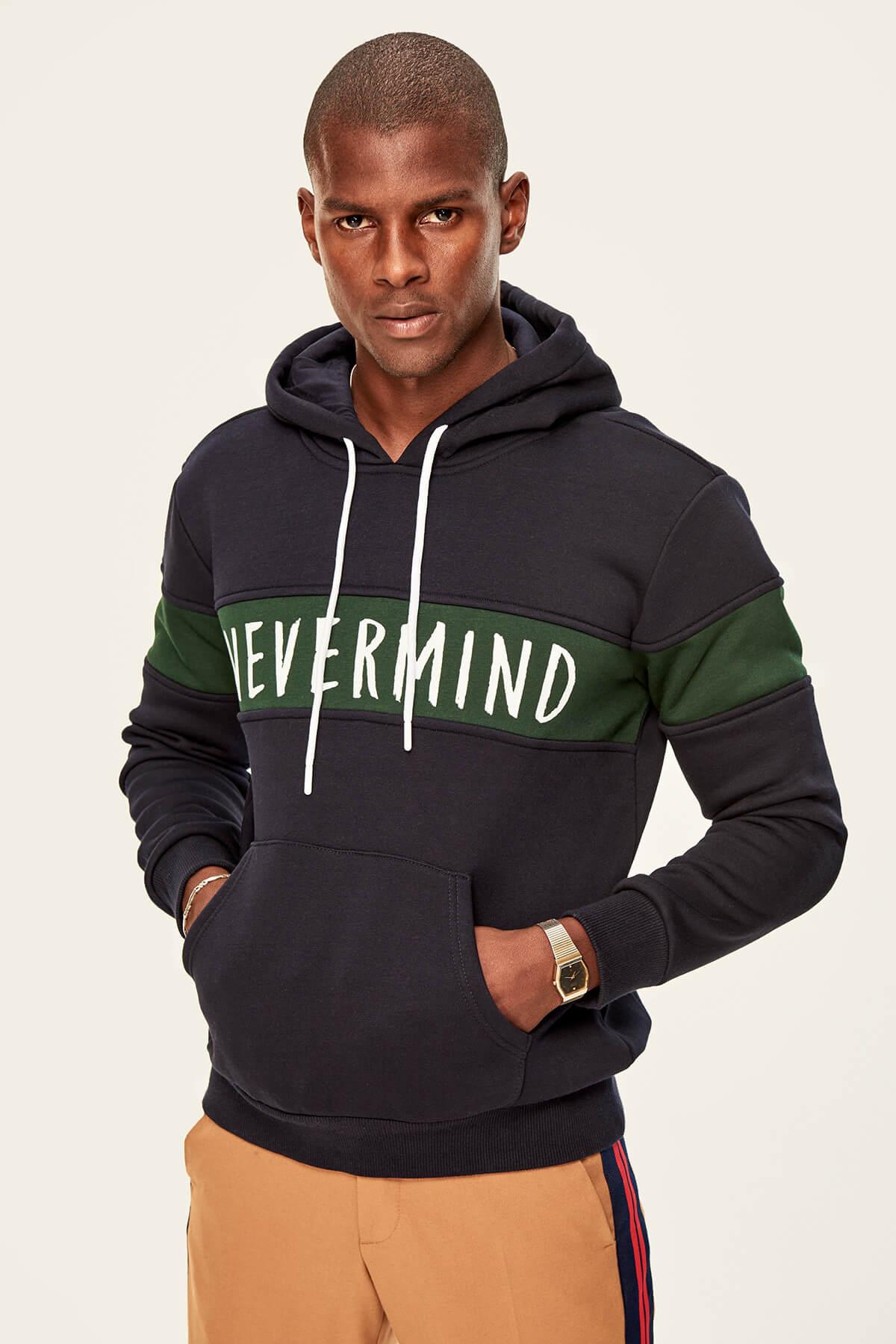 Trendyol Navy Men's Sweatshirts-Hooded Hissinde Graphics On-Polar-Printed