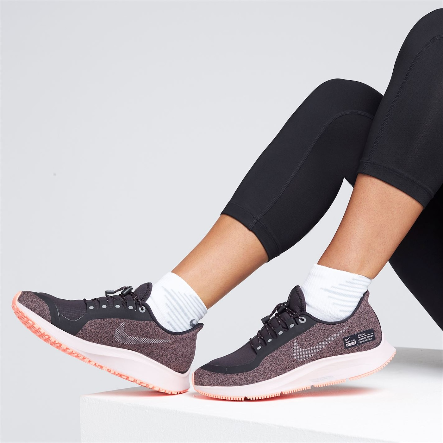 boty Nike Zoom Pegasus 35 Shield dámske Running Shoes