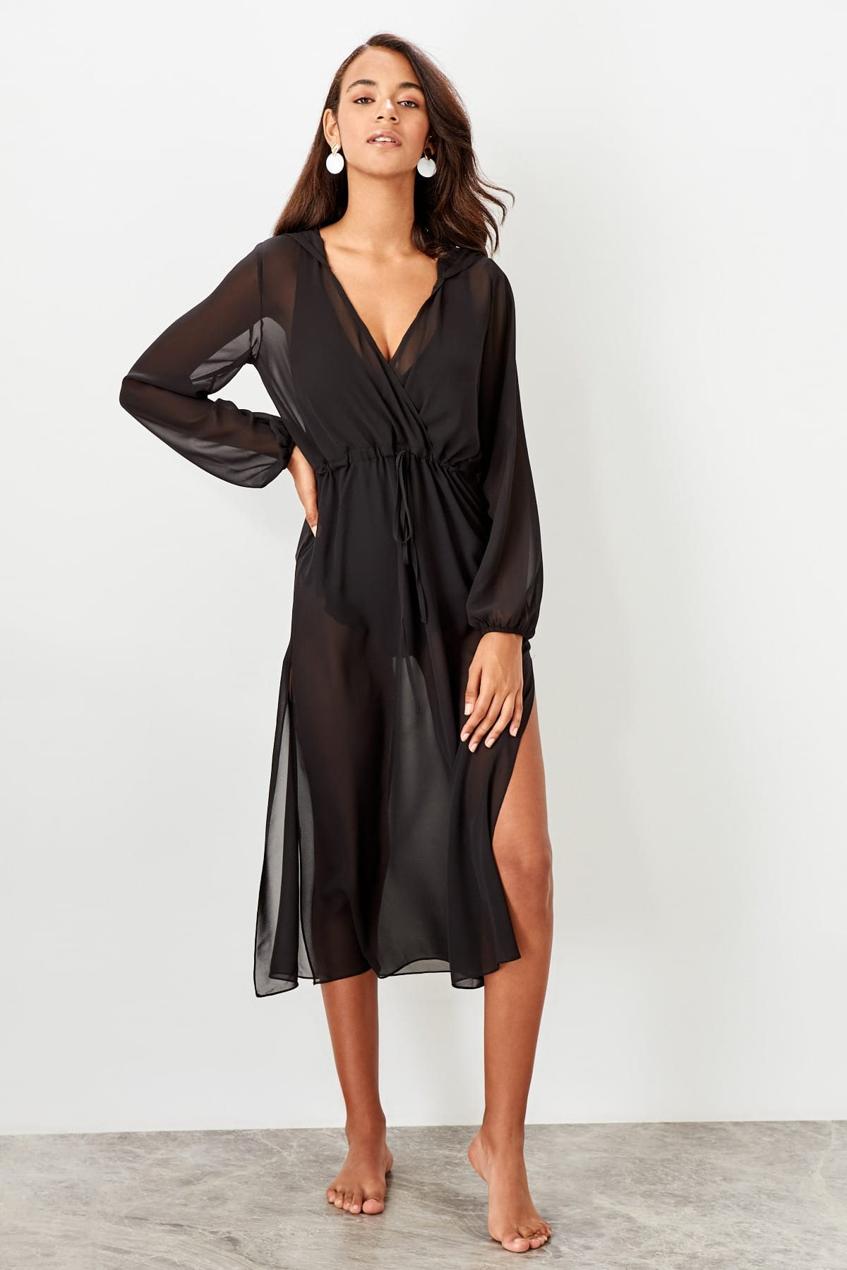 Trendyol dámske plážové šaty s kapucňou