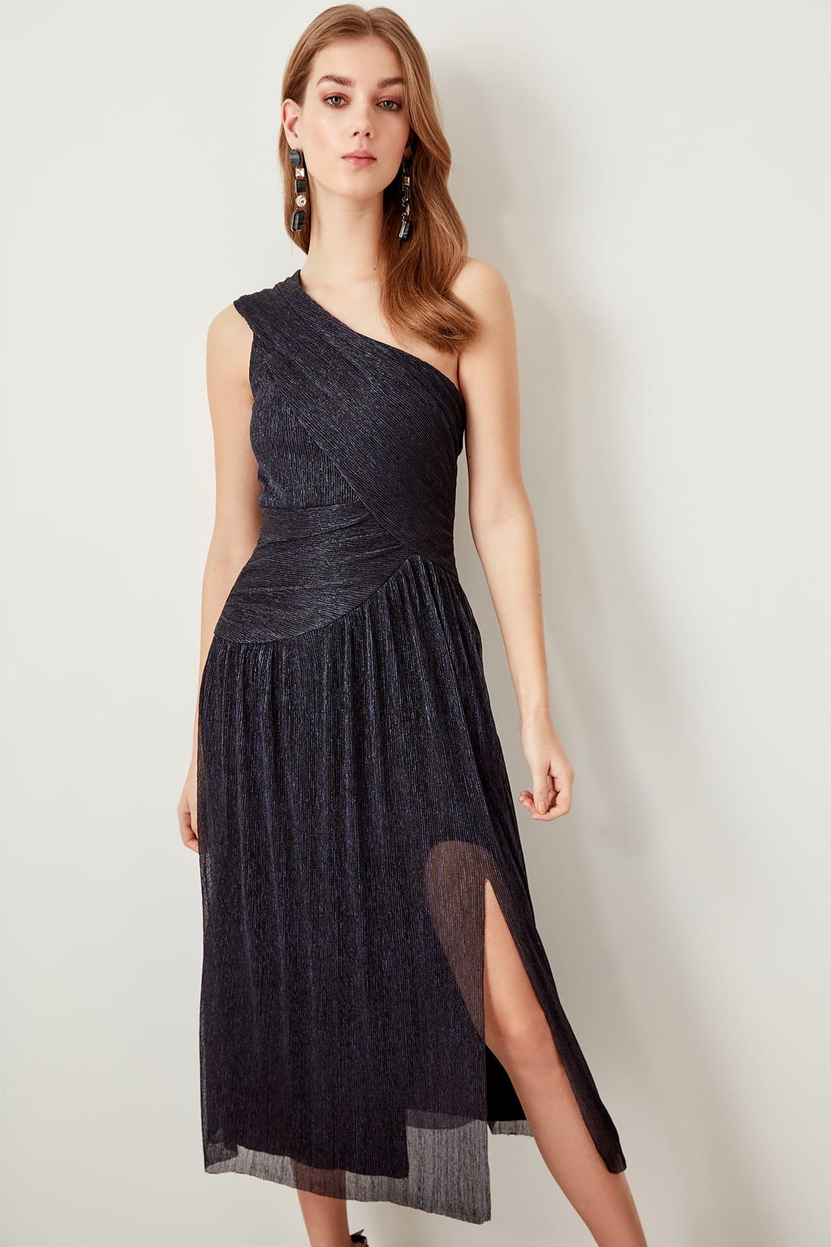 Trendyol dámske midi šaty cez rameno