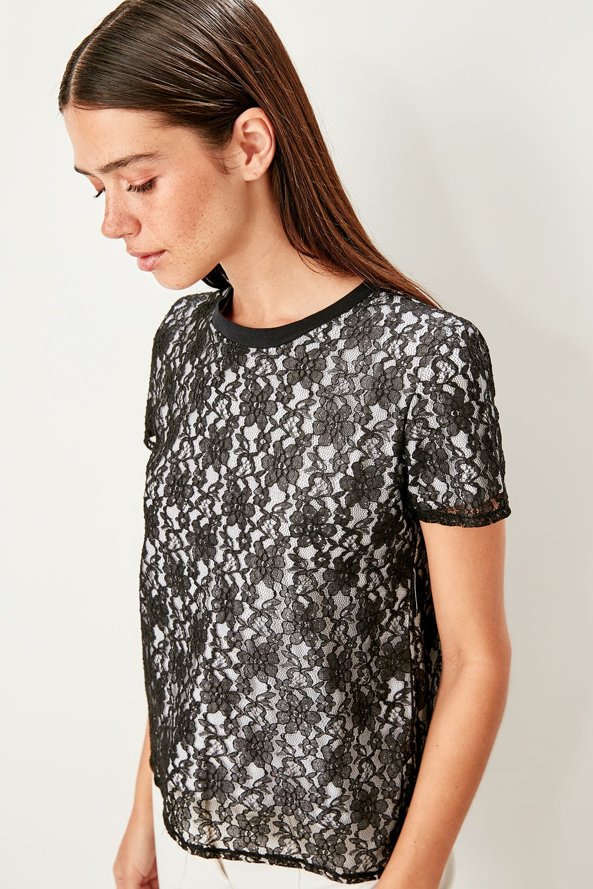 Trendyol Black lace embroidered knitted blouse