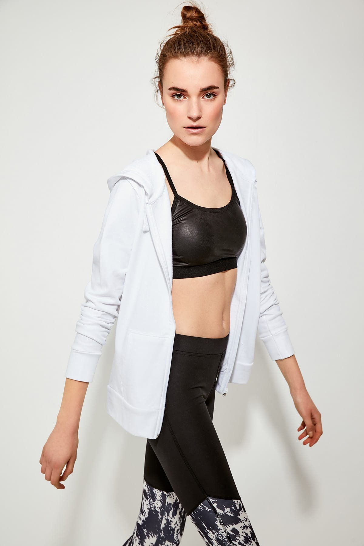 Trendyol White Soft Textured Sports Sweatshirt