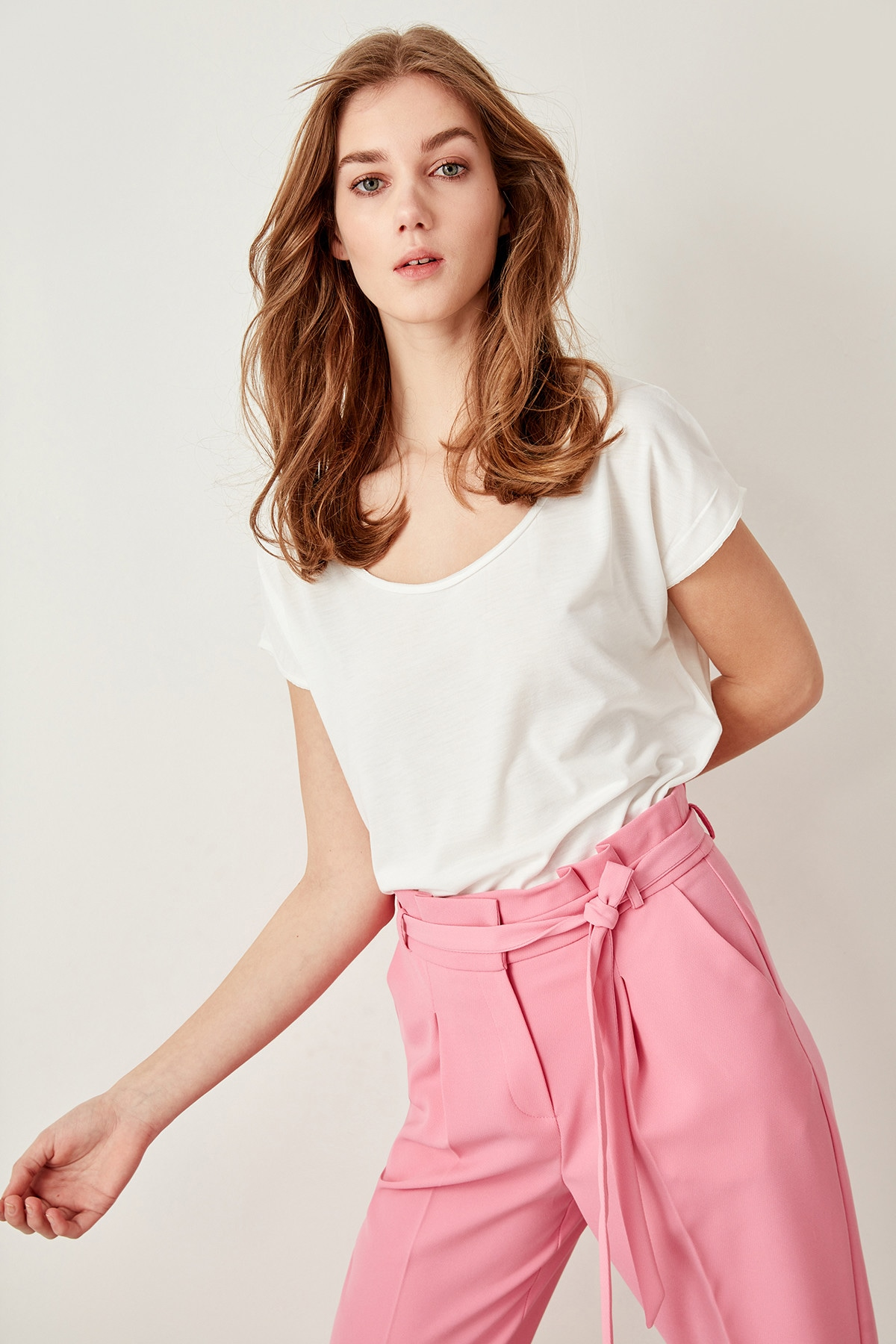 Trendyol White Bicycle Collar Basic Knitting t-shirt