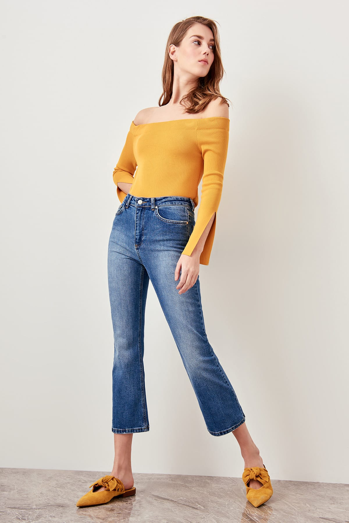Trendyol Blue High Waist Crop Flare Jeans