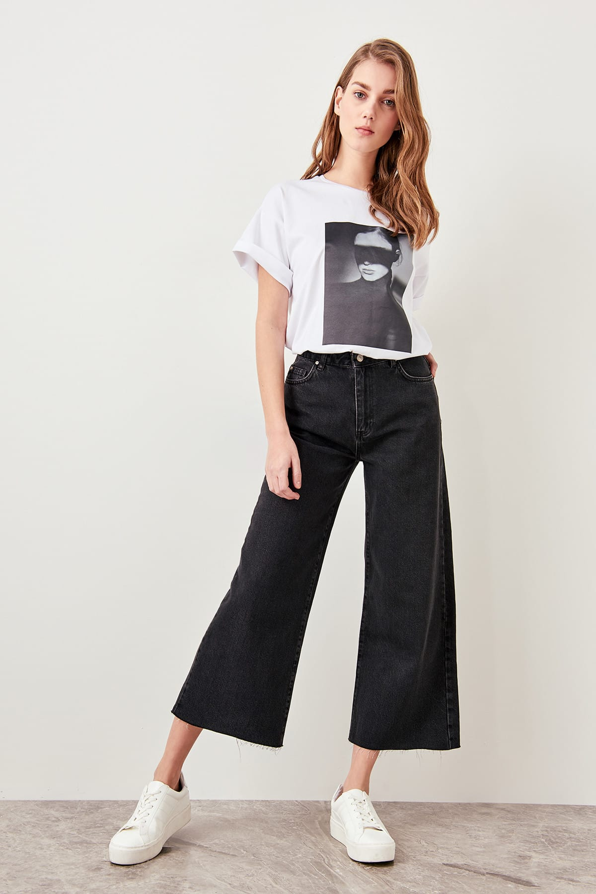 Trendyol Black High Waist Wide Leg Jeans Discrete Part