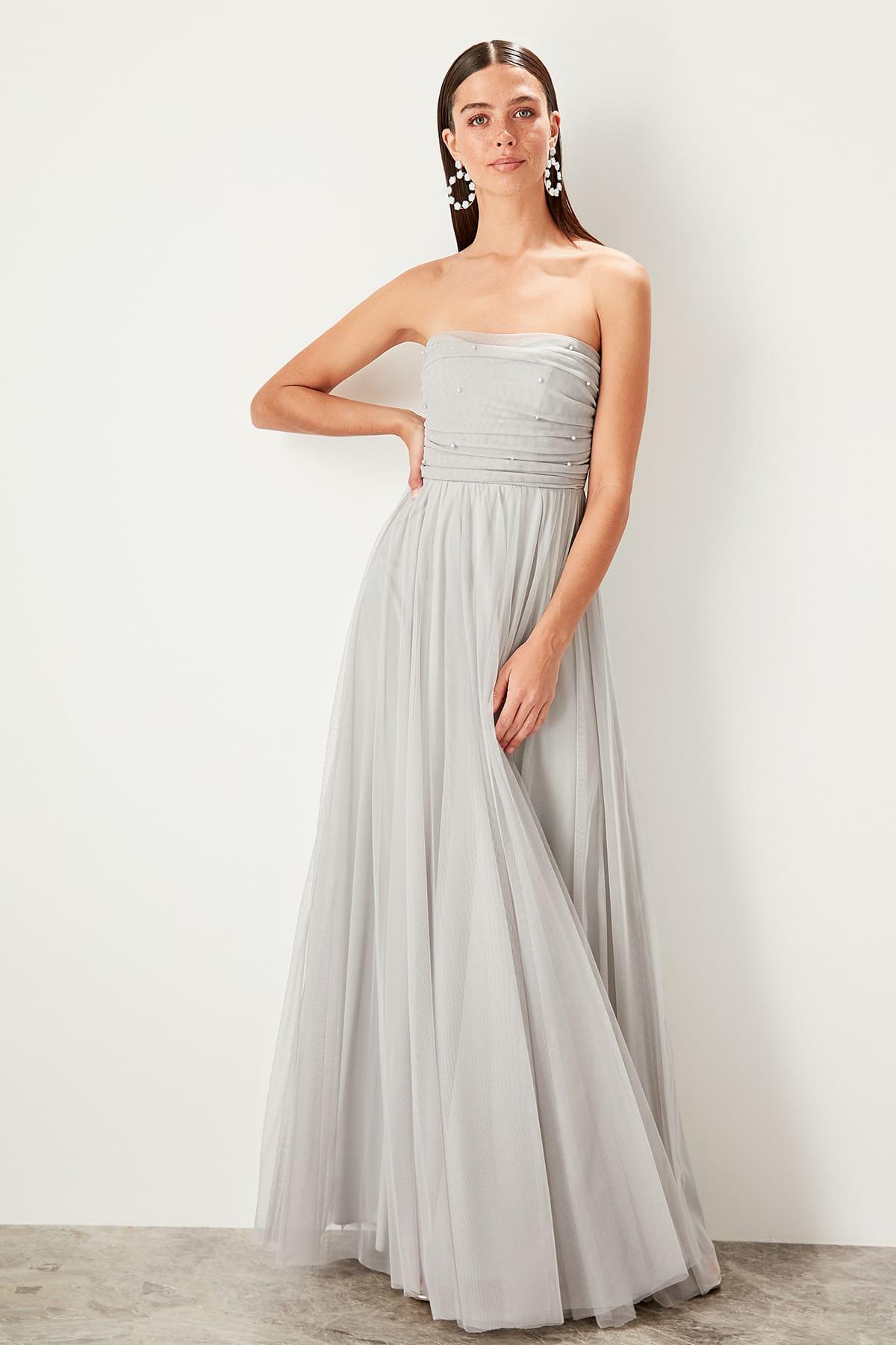 Trendyol dámske večerné šaty s perličkami