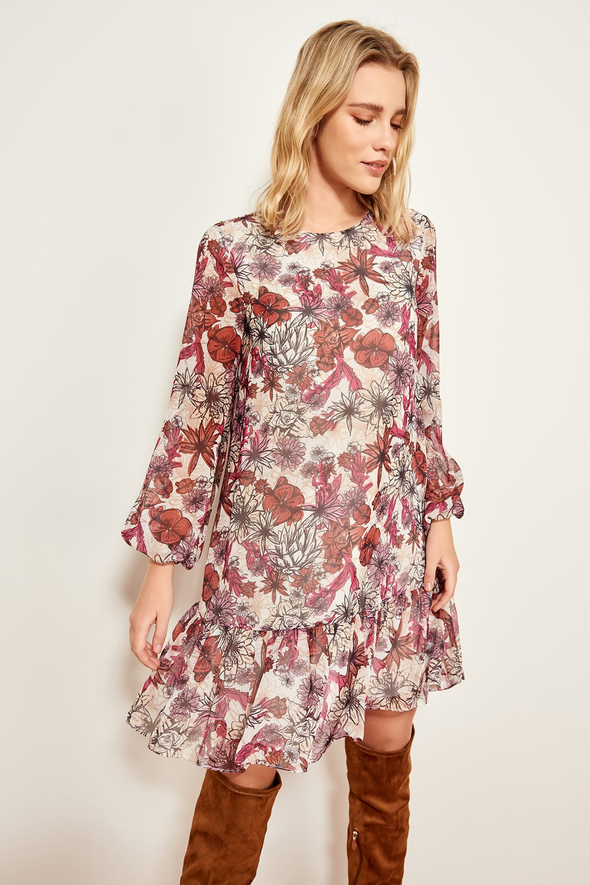 Trendyol Multi Hand-Wheel Dress