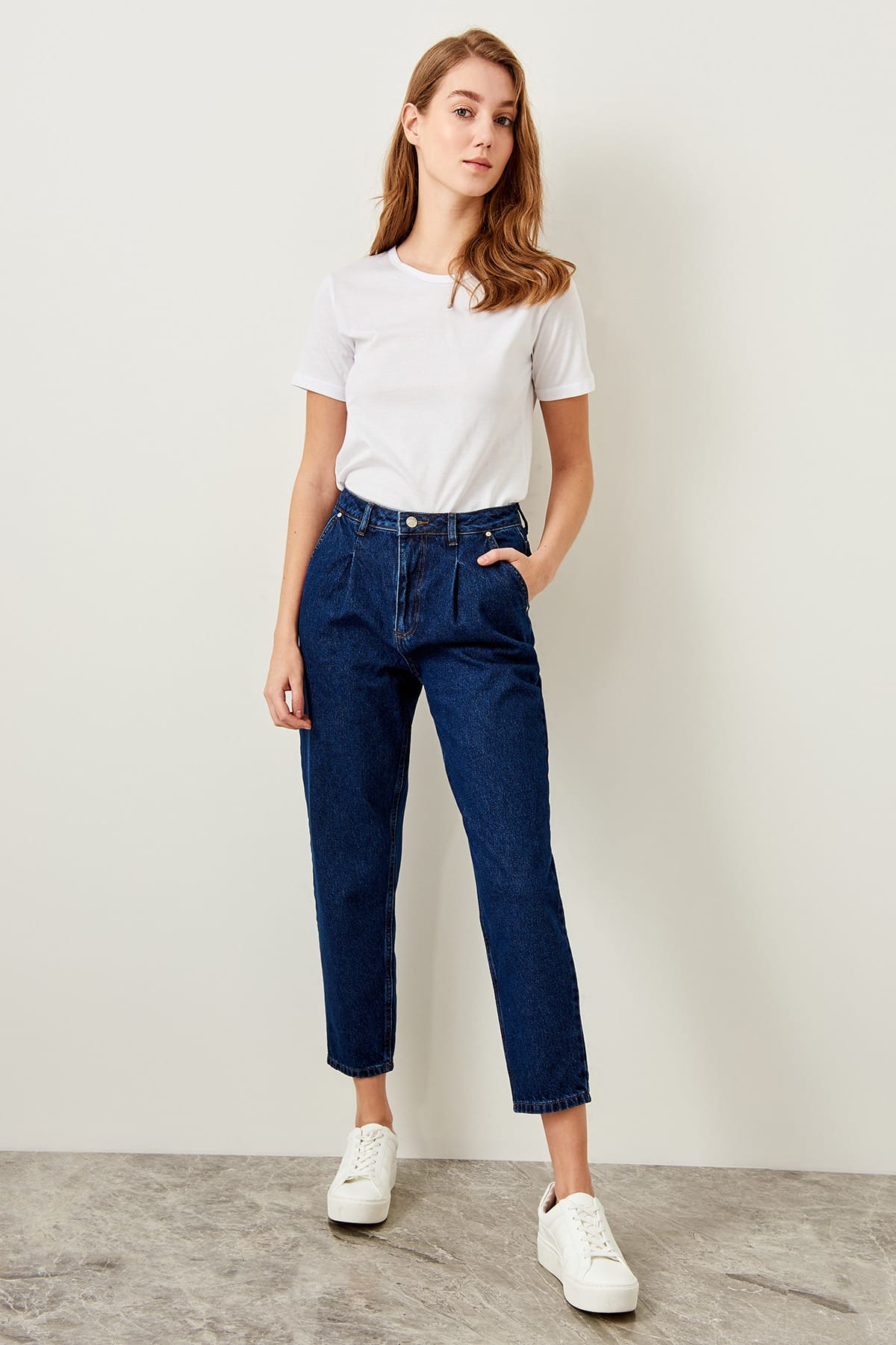 Trendyol Blue High Waist Carrot Jeans