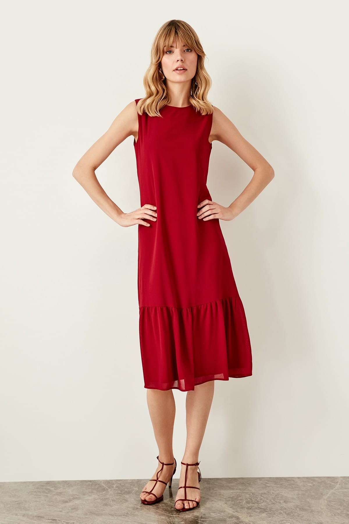 Trendyol Burgundy Skirt, Hand-Wheel Dress