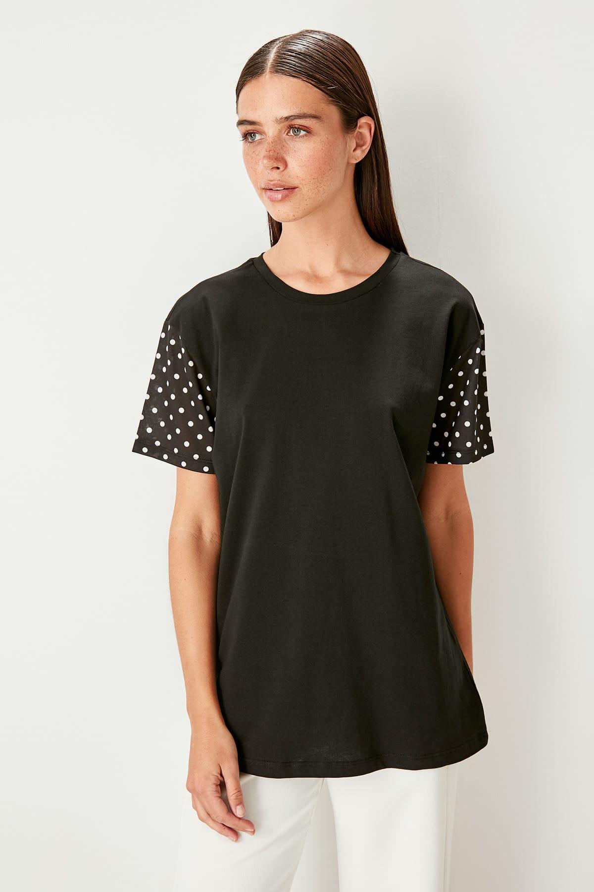 Trendyol Black polka dots Detailed Knitting t-shirt