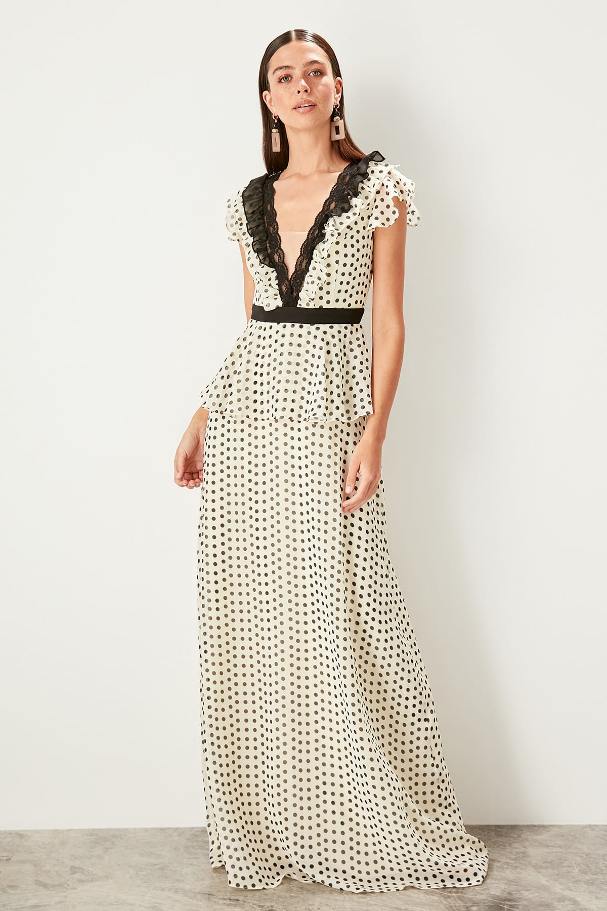 Trendyol dámske bodkované večerné šaty