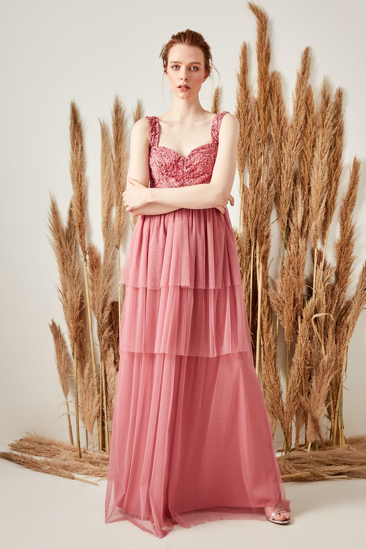 Trendyol dámske volánové večerné šaty