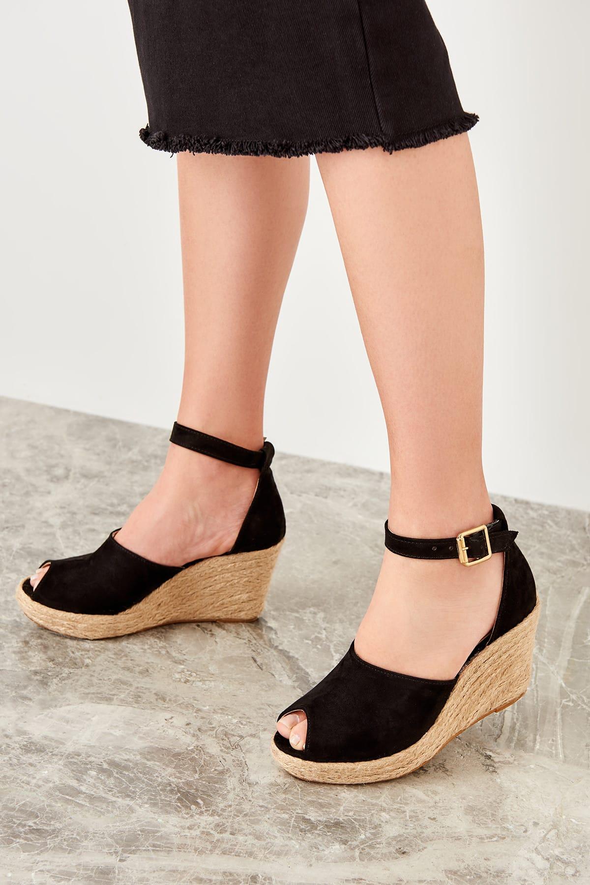 Trendyol semišové dámske topánky na podpätku
